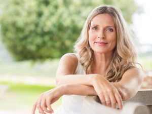 5 HAIRSTYLES HELP WOMEN AT MIDDLE AGE LOOK YOUNGER